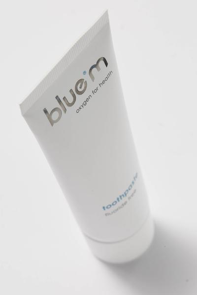 bluem toothpaste fluoride free_sfeer_1